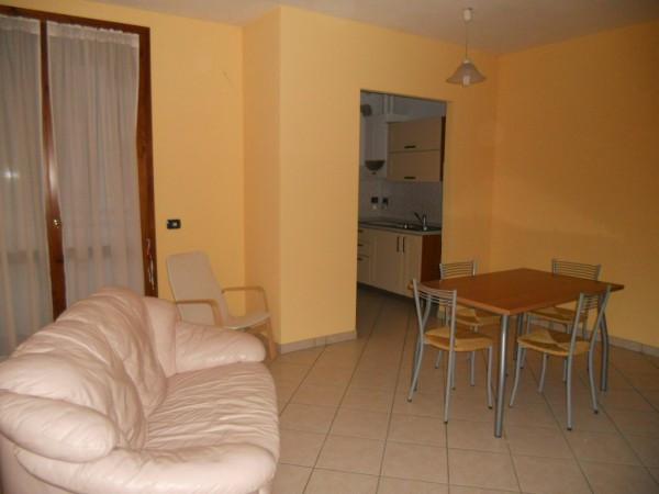 Appartamento in affitto a Suzzara, 2 locali, prezzo € 430 | CambioCasa.it
