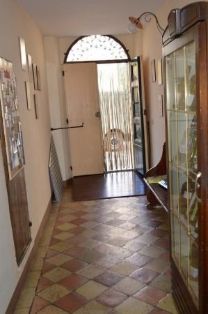 Palazzo / Stabile in vendita a Montelupone, 6 locali, Trattative riservate | Cambio Casa.it