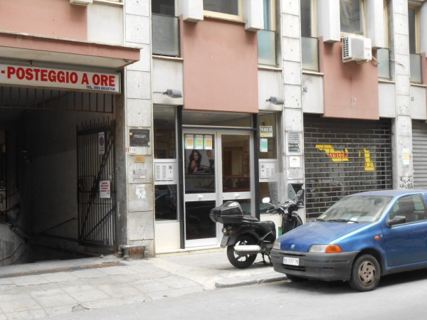 Bilocale Palermo Via Antonio Veneziano 3
