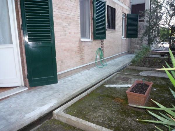 Bilocale Prato  10