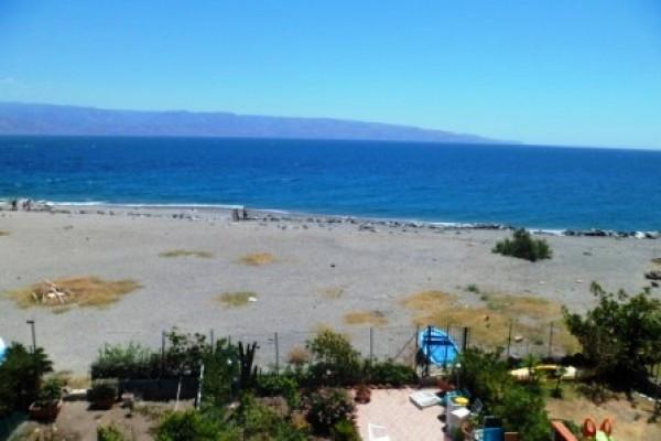 Appartamento in Vendita a Messina Periferia Sud: 3 locali, 95 mq