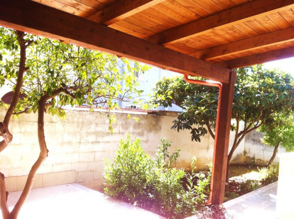 Villa in affitto a Lecce, 5 locali, prezzo € 750   CambioCasa.it