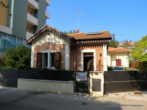 Villa in vendita a Bellaria Igea Marina, 4 locali, prezzo € 540.000 | Cambio Casa.it