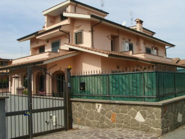 Bilocale Ciampino Via Grottaferrata 1