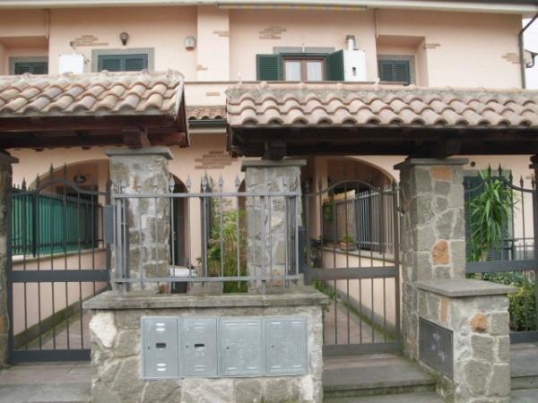 Bilocale Ciampino Via Grottaferrata 2