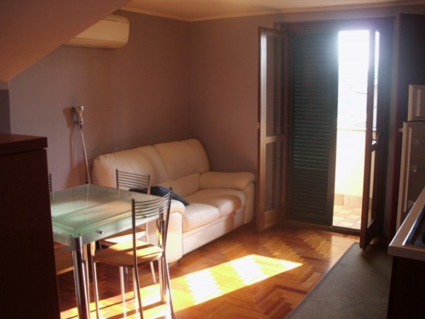 Bilocale Ciampino Via Grottaferrata 4