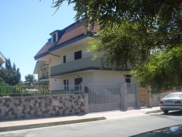 Appartamento in vendita a Montepaone, 3 locali, prezzo € 110.000 | Cambio Casa.it
