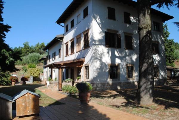 Rustico / Casale in vendita a Porcari, 6 locali, prezzo € 3.500.000 | CambioCasa.it