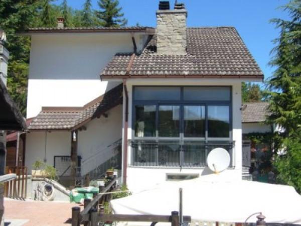 Villa in vendita a San Benedetto Val di Sambro, 6 locali, prezzo € 200.000 | CambioCasa.it