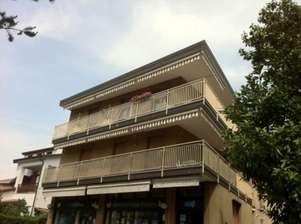 Appartamento in vendita a Vedano al Lambro, 3 locali, prezzo € 190.000 | Cambio Casa.it