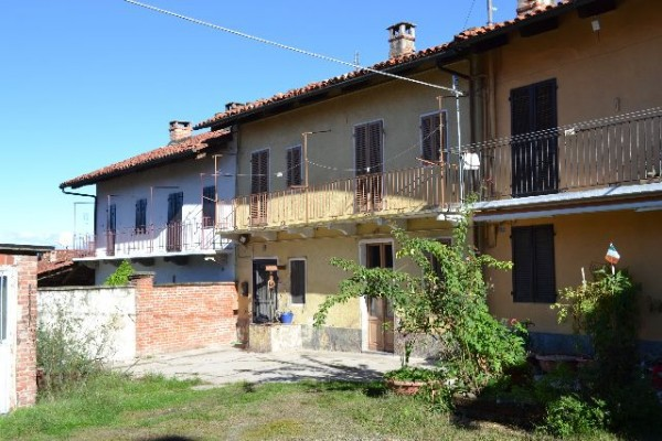 Rustico / Casale in vendita a Berzano di San Pietro, 9999 locali, prezzo € 60.000   Cambio Casa.it