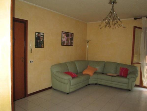 Appartamento in Vendita a Campagnola Emilia: 5 locali, 105 mq