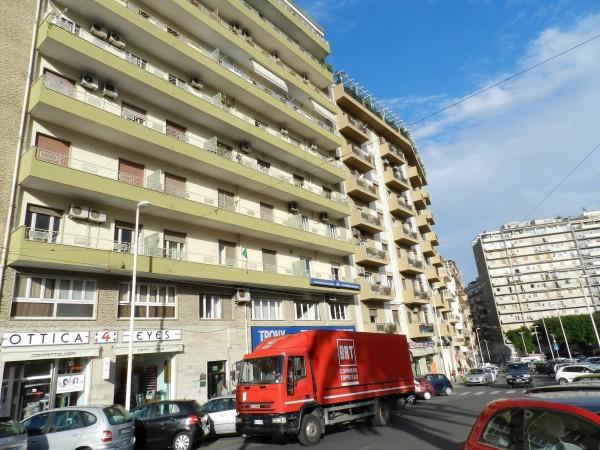 Appartamento in Vendita a Cagliari via cocco ortu