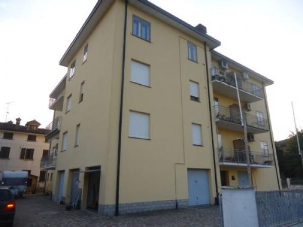 Appartamento in vendita a San Prospero, 3 locali, prezzo € 80.000   CambioCasa.it