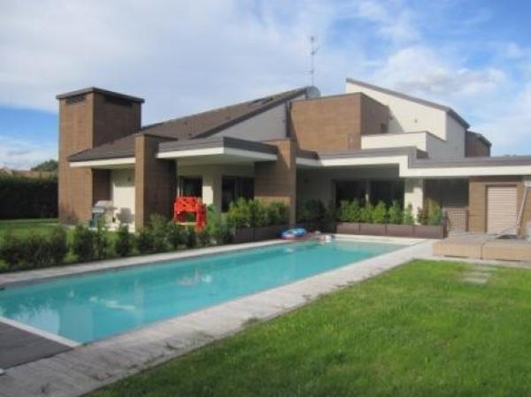 Villa in vendita a Villanterio, 6 locali, prezzo € 1.350.000 | Cambio Casa.it