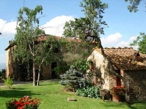 Rustico in Vendita a Arezzo Periferia Est: 5 locali, 480 mq