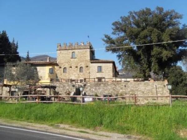 Rustico / Casale in vendita a Pontassieve, 6 locali, Trattative riservate | Cambio Casa.it