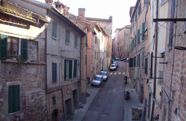 Bilocale Perugia Via Xiv Settembre 2