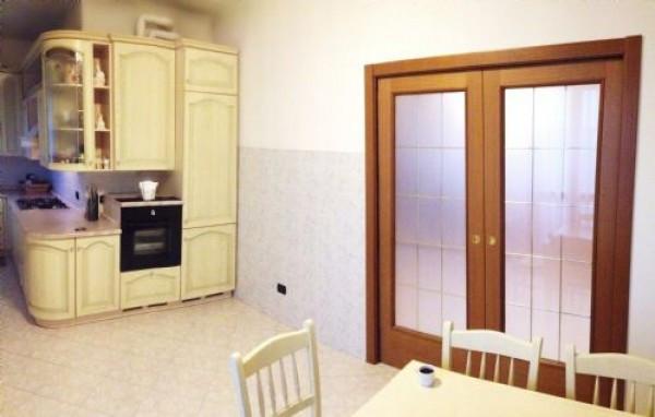 Appartamento in vendita a Muggiò, 3 locali, prezzo € 279.000 | Cambiocasa.it
