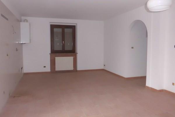 Appartamento in vendita a Cherasco, 2 locali, prezzo € 85.000 | CambioCasa.it