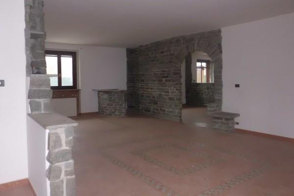 Appartamento in vendita a Cherasco, 4 locali, prezzo € 160.000 | CambioCasa.it