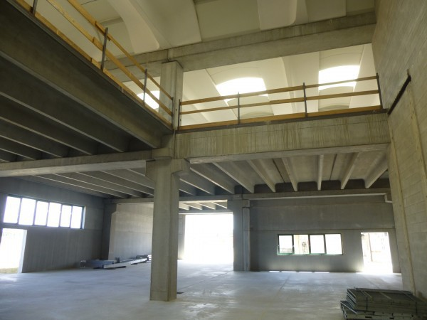 Capannone Industriale in vendita a Mesero-http://mediaserver.getrix.it/ad/43578357/1/9bad7c09f663b75c039406c08d67c9bc/print.jpg