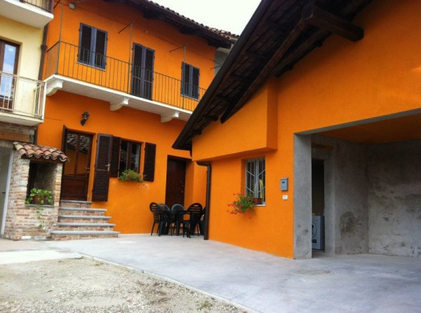 Bilocale Castellinaldo Via Trento 2