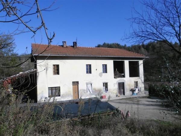 Rustico / Casale in vendita a Vinchio, 6 locali, prezzo € 170.000 | CambioCasa.it