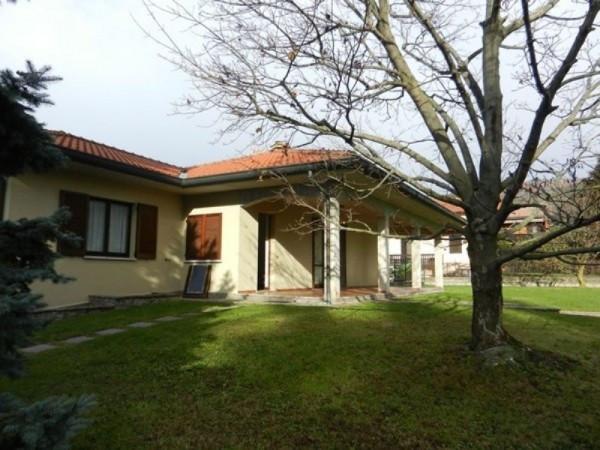 Villa in vendita a Albavilla, 4 locali, prezzo € 500.000 | Cambiocasa.it