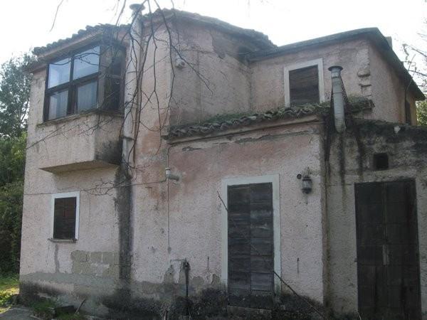 Rustico / Casale in Vendita a Caiazzo