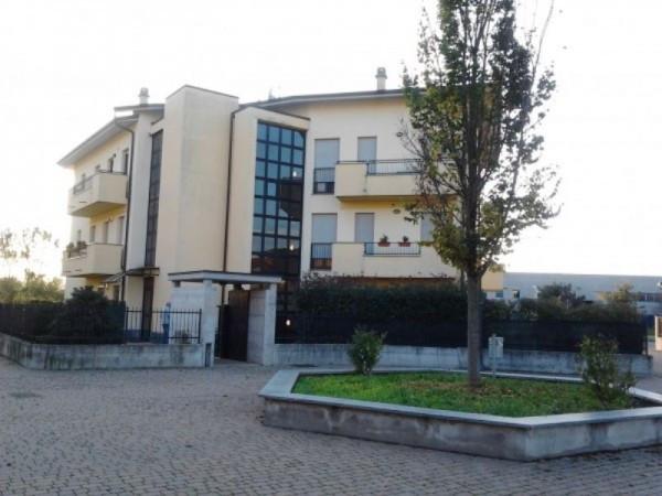 Appartamento in vendita a Zelo Buon Persico, 2 locali, prezzo € 150.000 | Cambio Casa.it