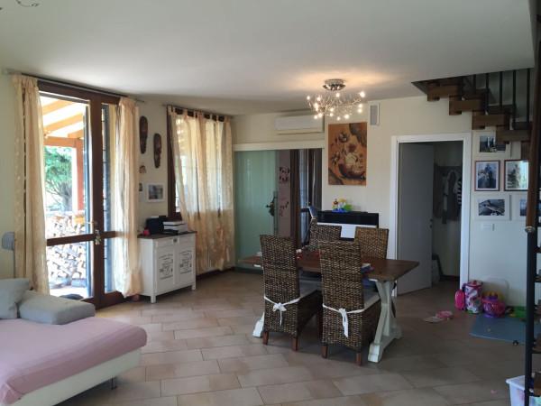Villa in vendita a Zola Predosa, 6 locali, prezzo € 440.000 | Cambio Casa.it