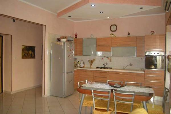 Appartamento in vendita a Formia, 3 locali, prezzo € 215.000 | Cambio Casa.it