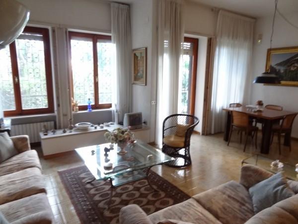 Appartamento in Vendita a Napoli Centro: 4 locali, 100 mq