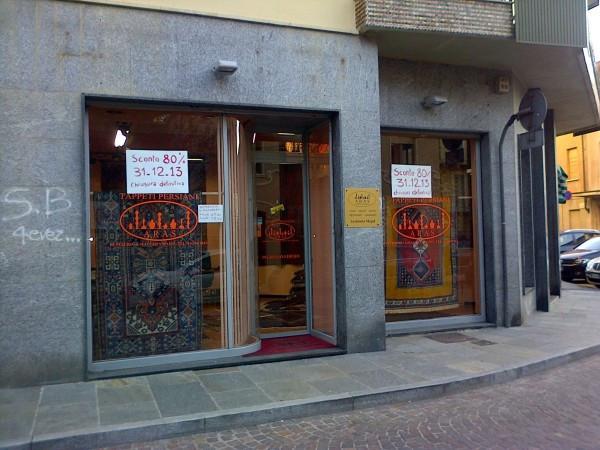 Negozio / Locale in affitto a Chieri, 2 locali, prezzo € 850 | Cambiocasa.it