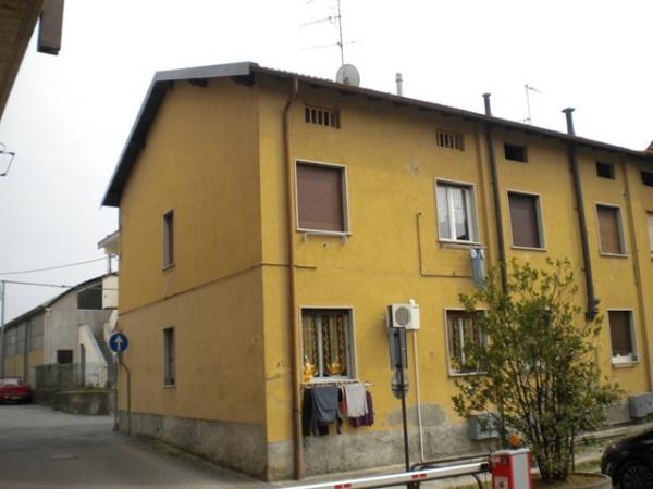 Bilocale Merone Via Francesco Petrarca 1