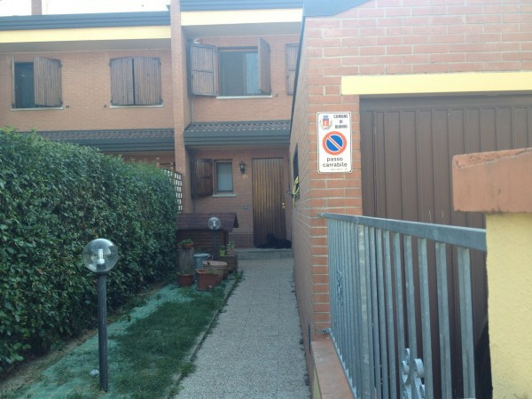 Villa a Schiera in vendita a Budrio, 6 locali, prezzo € 250.000 | Cambio Casa.it