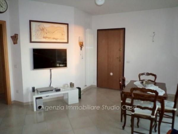 Appartamento in vendita a Gradara, 5 locali, prezzo € 200.000 | Cambio Casa.it