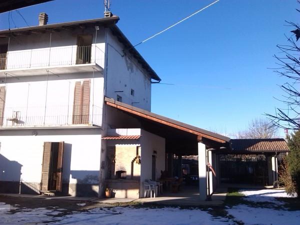 Rustico / Casale in vendita a Bernezzo, 6 locali, prezzo € 250.000 | Cambio Casa.it