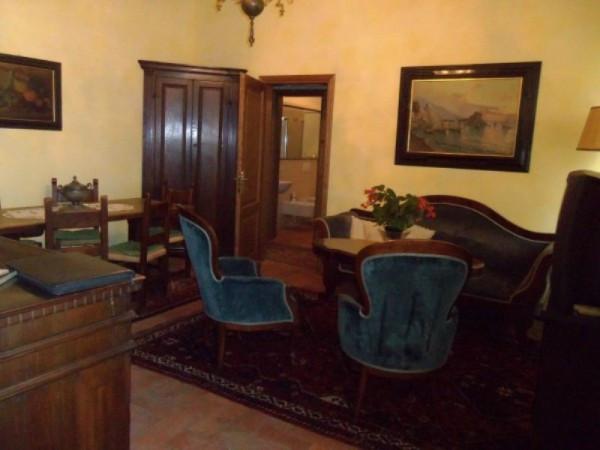 Bilocale Lucca Via San Nicolao 2