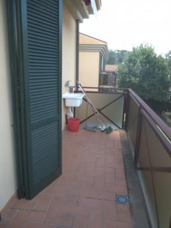Bilocale Lucca Via Della Quercia 8