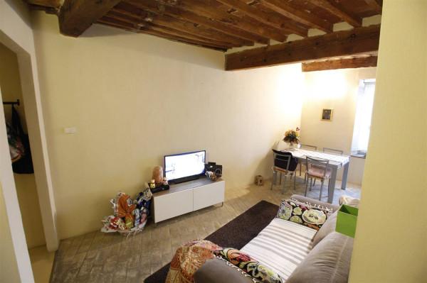 Bilocale Lucca Via Micheli Rosi 4
