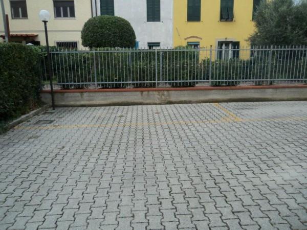 Bilocale Lucca Via Jacopo Della Quercia 7