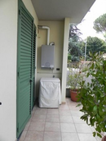 Bilocale Lucca Via Delle Tagliate Terza 10