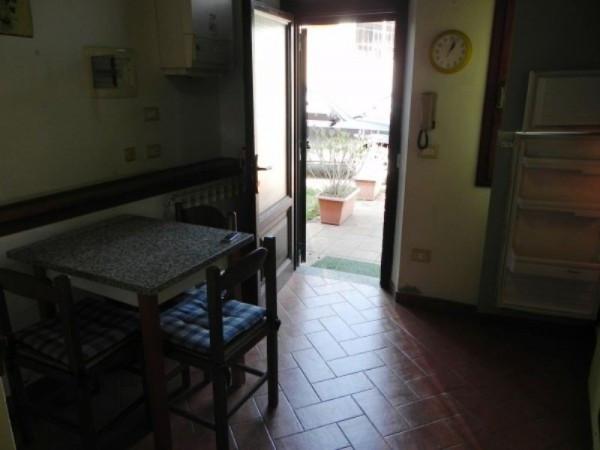 Bilocale Lucca Via Borgo Giannotti 3