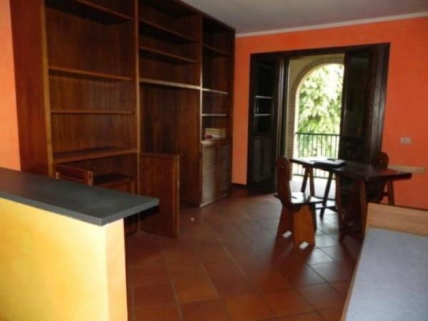 Bilocale Lucca Via Delle Gavine 1