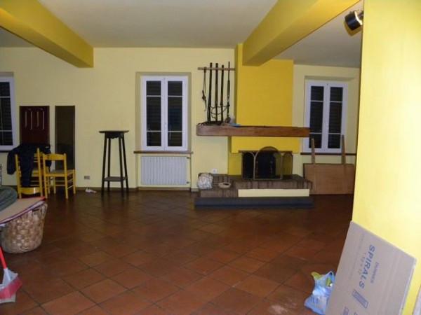 Appartamento in Vendita a Lucca Periferia Nord: 5 locali, 180 mq