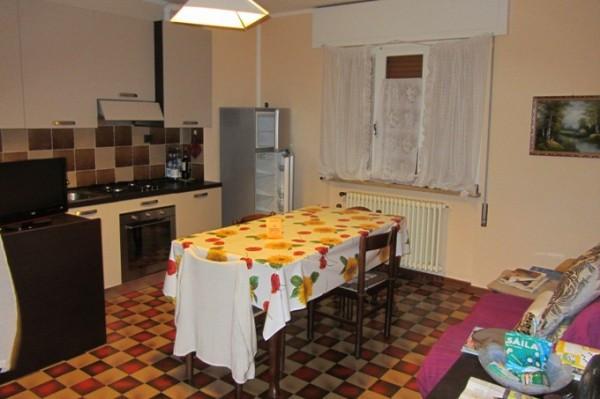Bilocale Dossena Via Villa 2