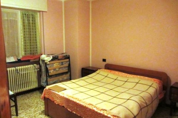 Bilocale Dossena Via Villa 4