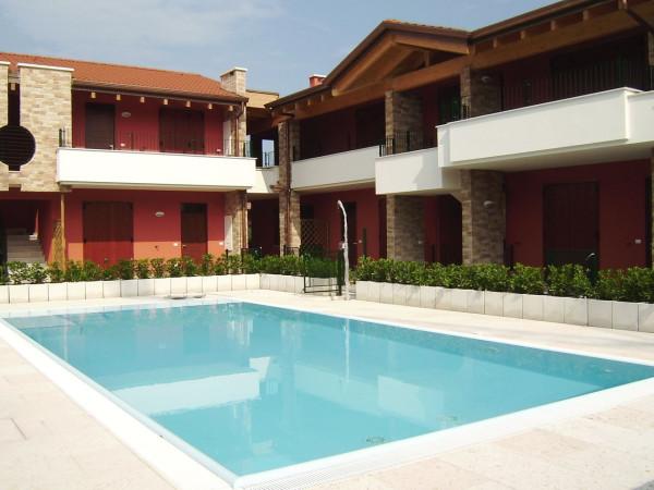 Appartamento in vendita a Sirmione, 3 locali, prezzo € 295.000 | CambioCasa.it